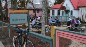 Blink And You'll Miss These 9 Tiny But Mighty Restaurants Hiding In Louisiana
