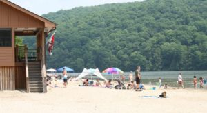 8 Stunning Pennsylvania Beaches That Look And Feel Like The Ocean