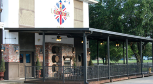 The Spectacular Restaurant In Louisiana Where You Can Order A 4-Pound Burger