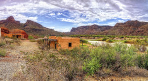 You Probably Didn't Know The Sinister Stories Behind These 13 Abandoned Places In Texas