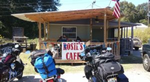 Blink And You'll Miss These 10 Tiny But Mighty Restaurants Hiding In Mississippi