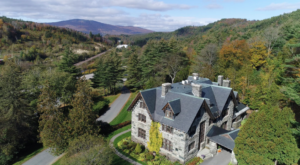 This Castle Restaurant In Vermont Is A Fantasy Come To Life