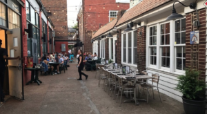 5 Hidden Alley Restaurants In Nashville That Are So Worth The Hunt