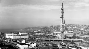 7 Rare Photos Taken During The Space Needle Construction That Will Simply Astound You