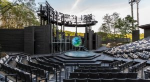 You Absolutely Have To Visit Wisconsin's Stunning Outdoor Theater This Summer