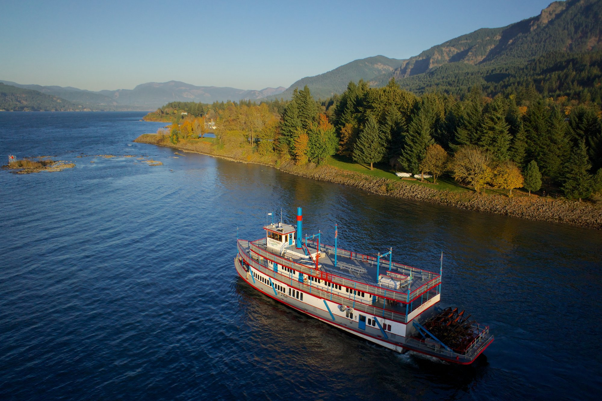 Tour Oregon S Columbia River Gorge On A Sternwheeler Cruise