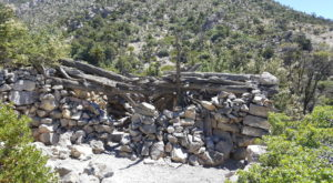 There's A Hike In Nevada That Leads You Straight To An Abandoned Cabin