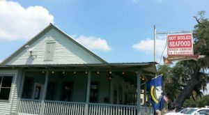 You'll Never Forget Your Experience At This Charmingly Rustic Restaurant In Louisiana