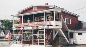 America's Oldest Ski Shop Is Here In New Hampshire And It's A Must-Visit