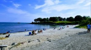 This Tiny Beach In Connecticut Is The Most Underrated Summer Destination