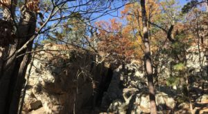 The Unique Cave Trail In Oklahoma That's Full Of Beauty And Mystery