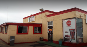 You Can Smell The Barbecue From A Mile Away At This Underrated Oklahoma Restaurant