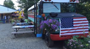 You're Going To Want To Visit This Funky School Bus Restaurant In Vermont