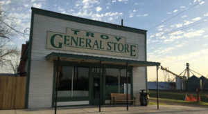 You Wouldn't Expect These 9 General Stores In Texas To Have Such Delicious Food