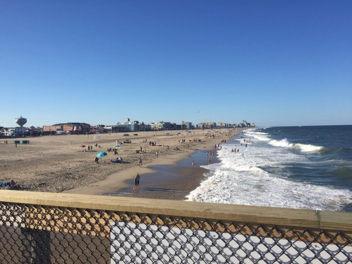 The ocean city fishing pier is a must visit spot in maryland for Ocean view fishing pier