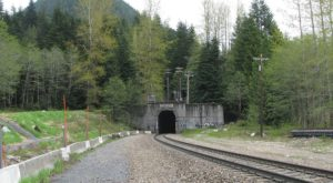 The Longest Tunnel In Washington Has A Truly Fascinating Backstory