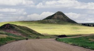 Take A Drive Down One Of North Dakota's Oldest Roads For A Picture Perfect Day