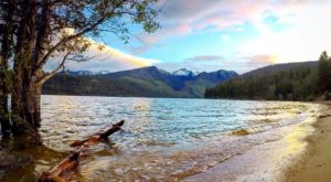 A Day Trip To This Pristine Montana Lake Will Make Your Summer Complete