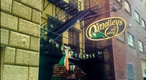 This Iconic Alley Pub Is Cincinnati's Oldest Hole-In-The-Wall Destination