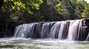 Discover One Of Arkansas' Most Majestic Waterfalls – No Hiking Necessary