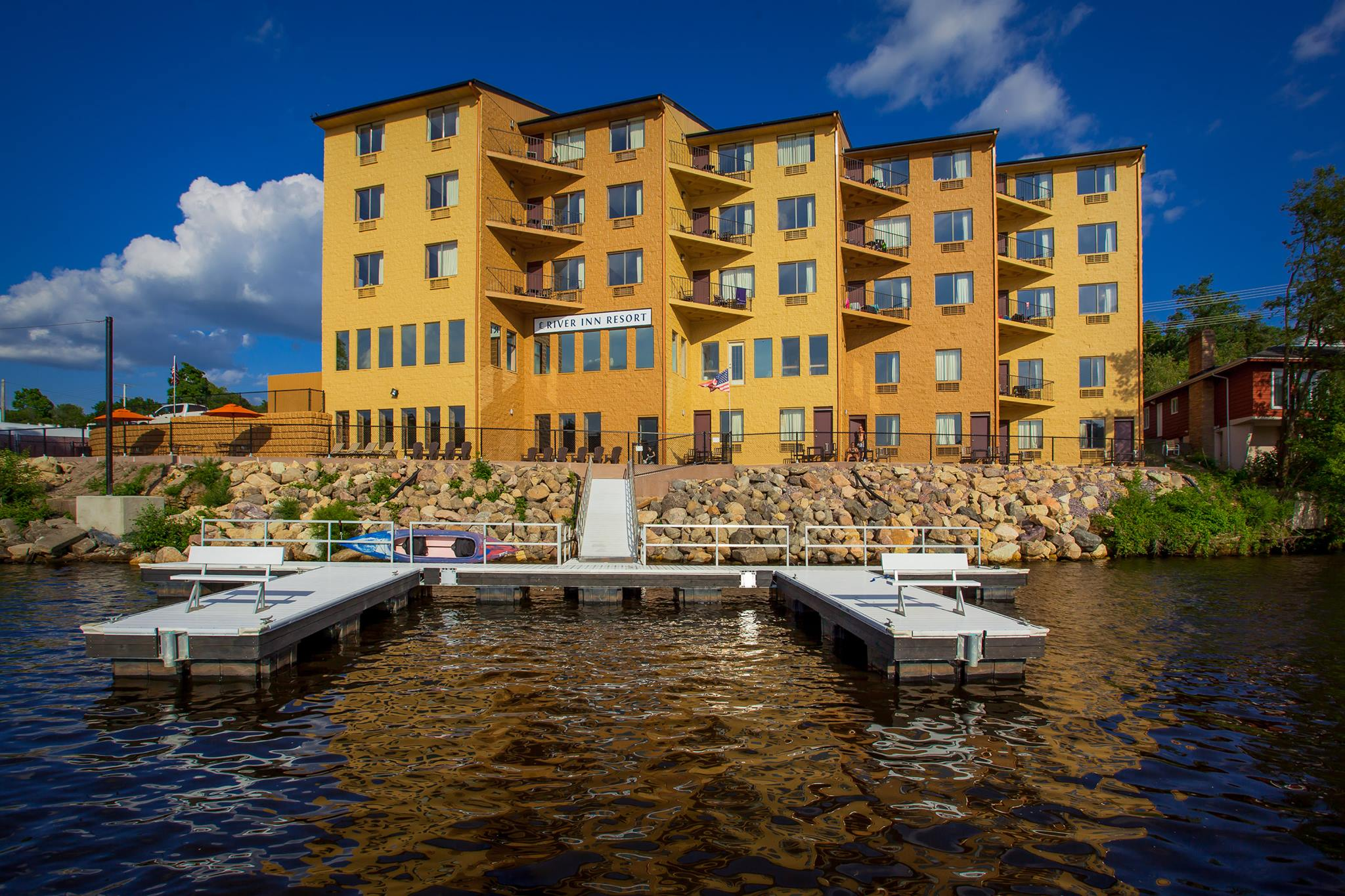 11 Magical Wisconsin Waterfront Inns