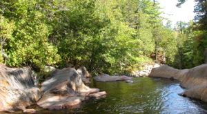 10 Refreshing Natural Pools You'll Definitely Want To Visit This Summer In Maine