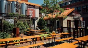 The Outdoor Beer Garden In Detroit That's Located In The Most Unforgettable Setting