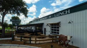 The Country Kitchen In The Middle Of Florida That Serves Southern Cooking To Die For
