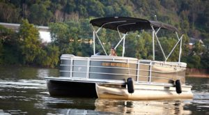 Explore Pittsburgh's Three Rivers From Aboard This Cozy Pontoon Boat