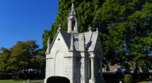The Amazingly Creepy Tennessee Mausoleum You Never Knew Existed