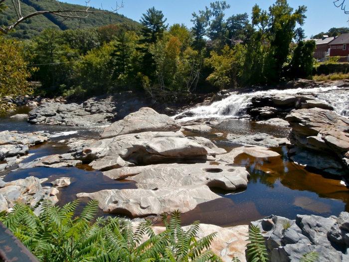 Shelburne falls latin dating site