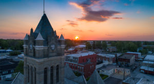 A Trip To This Naturally Stunning Small Town In Indiana Will Make Your Summer Complete