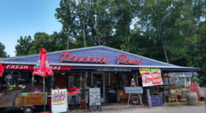 The Quirkiest Restaurant In Kentucky Is A Fun-Filled Paradise