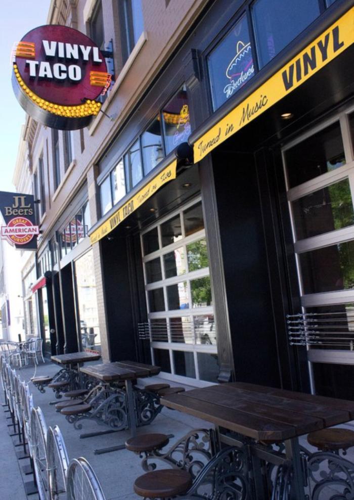 7 Wackiest Restaurants In North Dakota Makes Dining A Blast