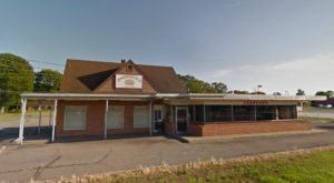 This North Carolina Diner In The Middle Of Nowhere Is Downright Delicious
