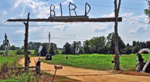 There's A Whimsical Art Farm Hiding In Alabama And You've Got To See It