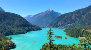 A Day Trip To This Pristine Washington Lake Will Make Your Summer Complete
