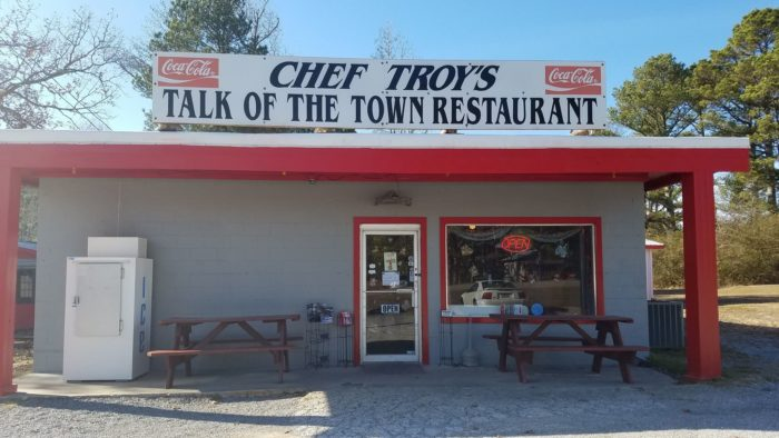 Chef Troy S Talk Of The Town Restaurant Is Located Near Smith Lake In Houston Alabama It One State Most Humble Little Restaurants