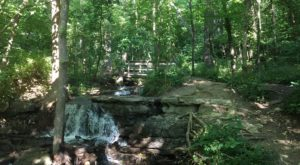 Your Kids Will Love This Easy 1-Mile Waterfall Hike Right Here In Missouri