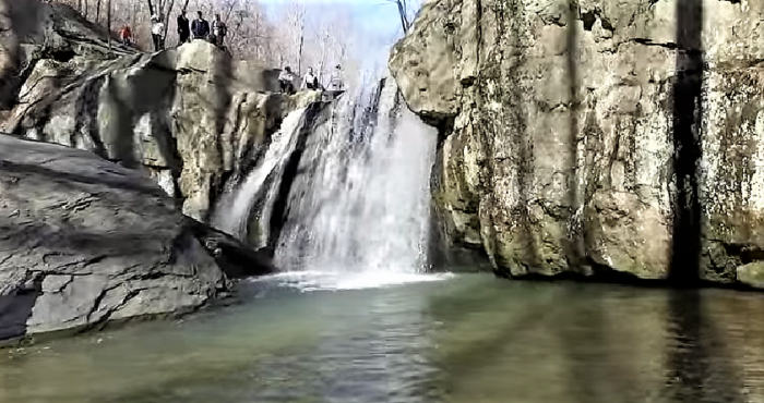 Your Kids Will Love This Easy 1-Mile Waterfall Hike Right Here In Maryland