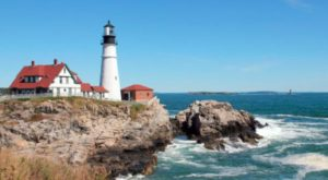 9 Enchanting Photographs Of Lighthouses Will Inspire You To Head To The East Coast