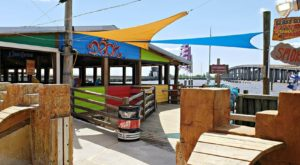 9 Restaurants In Louisiana With The Most Amazing Dockside Dining