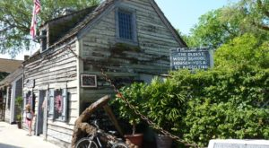 The Oldest Wooden School House In America Is Right Here In Florida And It's Amazing