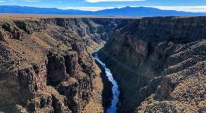 The Magnificent Bridge Trail In New Mexico That Will Lead You To A Hidden Overlook
