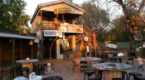 This Rustic Backwoods Restaurant In South Dakota Serves Up Food To Die For