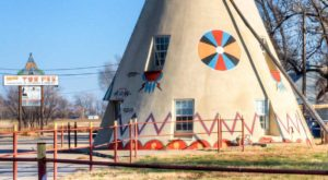 7 Bizarre And Quirky Monuments You'll Only Find In Kansas