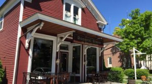 The Charming Connecticut General Store That's Been Open Since Before The Civil War