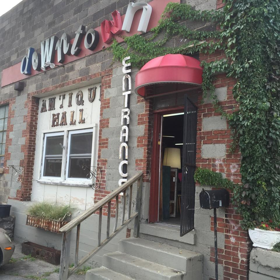 This Huge Antique Mall In The Heart Of Downtown Nashville