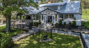 You'll Love Lounging Under The Oak Trees At This Historic Restaurant In Georgia