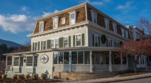 This 3-Story Bookstore In Vermont Is Like Something From A Dream